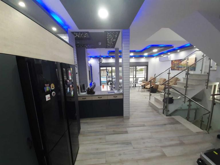Vue de la cuisine sur le salon - Neve Noy, Be'er-Sheva, Israël