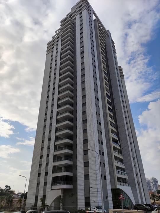 Exemple de tour d'appartements construit en 2020 à Be'er-Sheva